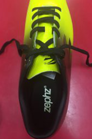 how-to-tie-soccer-cleats