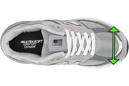 women's-shoes-with-round-toe-box