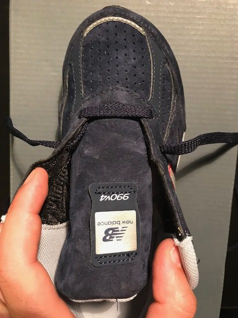 lacing-shoes-for-wide-feet