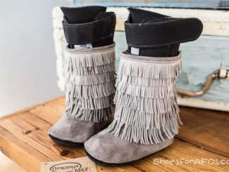 stylish-boots-for-AFOs