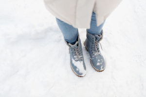 snow-boots-for-wide-calves