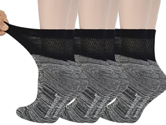 best-socks-for-women-with-wide-feet