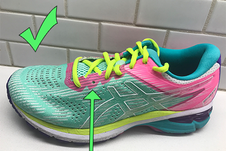 how-to-lace-shoes-for-wide-feet